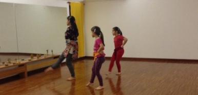 danza indiana bimbe